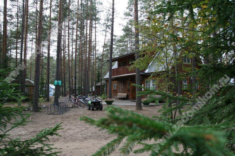 Как проехать.  Центр отдыха Аврора находится в 120 км южнее Санкт-Петербурга, в деревне Средние Купели...